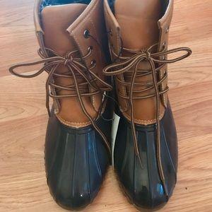 NWT duck boots - Rue 21 brand- super cute!